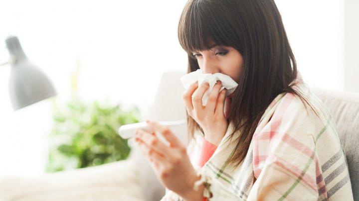 Îmbolnăvirile de gripă nu încetează. Un caz de deces din cauza virusului a fost înregistrat săptămâna trecută