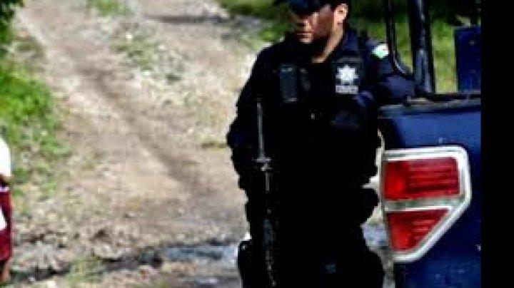 19 pasageri au fost răpiţi de indivizi înarmaţi dintr-un autocar din Mexic