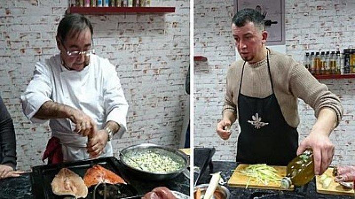 Duelul moldo-francez a început la bucătărie! Doi bucătarii-şefi s-au întrecut la rețete culinare inedite și cunoștințe despre fotbal