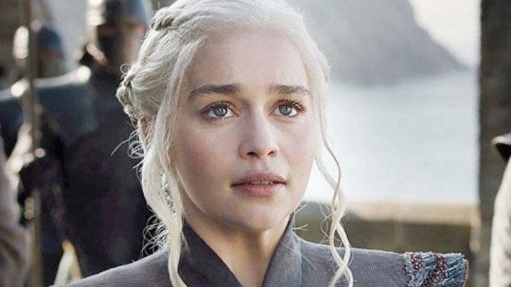 """Daenerys, la un pas de moarte: Actriţa din """"Game of Thrones"""" a suferit două anevrisme"""
