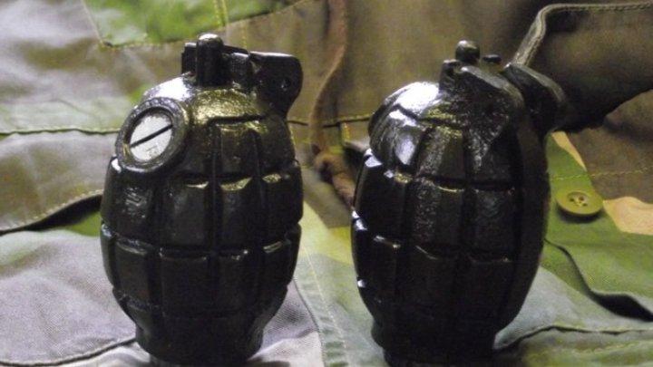 Mii de arme de asalt și grenade, capturate după cucerirea ultimei redute a ISIS