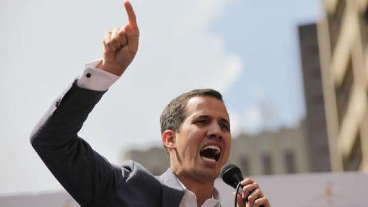 Liderul opoziţiei din Venezuela, Juan Guaido, nu are dreptul să deţină o funcţie publică timp de 15 ani