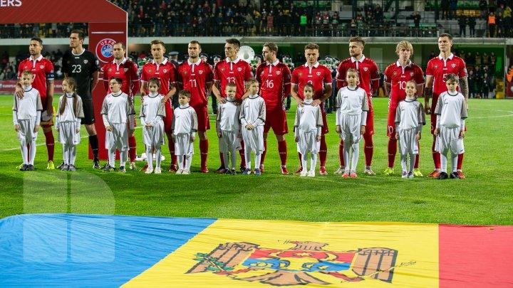 Spectacol la meciul anului: Peste 10 mii de oameni au susţinut naţionala Moldovei pe stadionul Zimbru