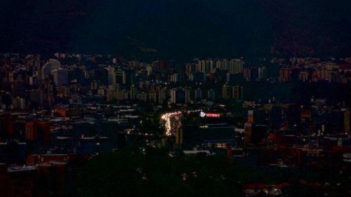 Venezuela, din nou în beznă. A doua pană de curent la scară naţională