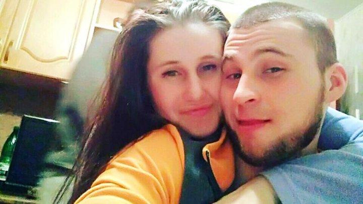 Omor din GELOZIE: O tânără din Rusia şi-a înjunghiat iubitul cu o ŢEPUŞĂ pentru frigărui