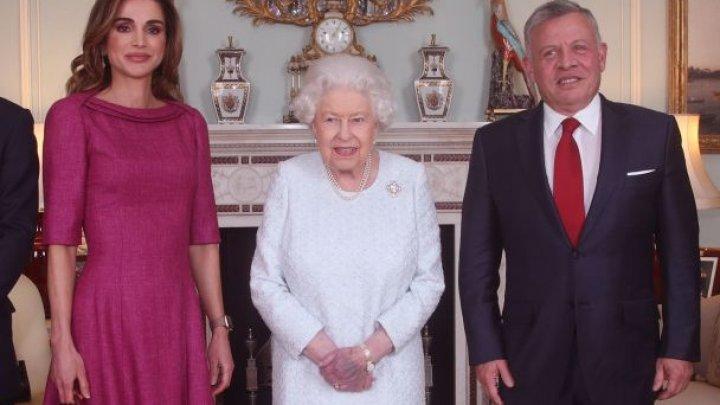 Este Regina Elisabeta a II-a BOLNAVĂ? Imagini care provoacă îngrijorare
