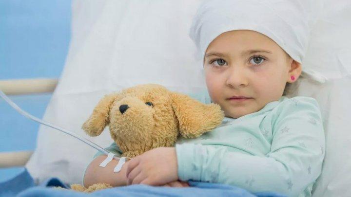 Inovaţia care ar putea păstra fertilitatea copiilor trataţi de CANCER când ajung ADULŢI