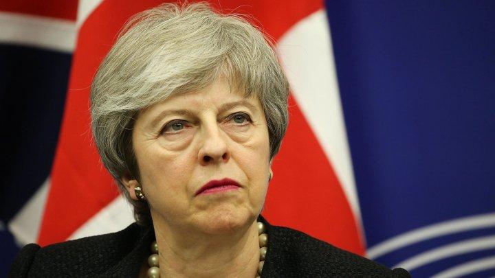 Membrii guvernului britanic s-ar putea întoarce împotriva Theresei May