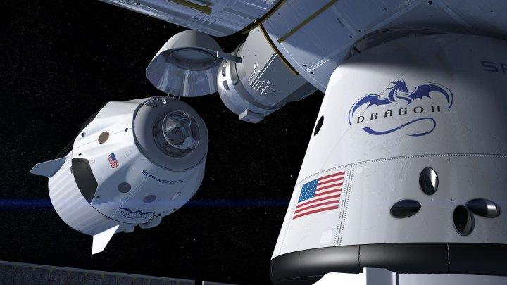 Ultimul test pentru capsula de la SpaceX. Aceasta trebuie să ajungă pe Terra ÎNTREAGĂ, în siguranţă