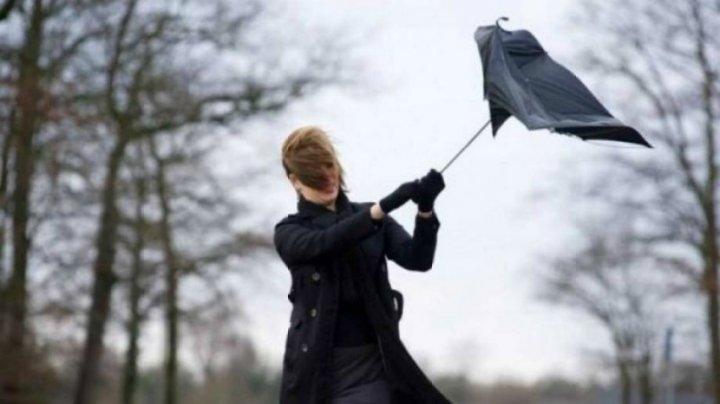 România şi Ucraina, afectate de rafale putenice de vânt