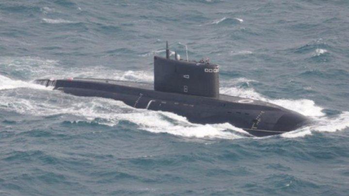 Rusia a adus la Marea Neagră submarinul cu care a BOMBARDAT Siria din Mediterană