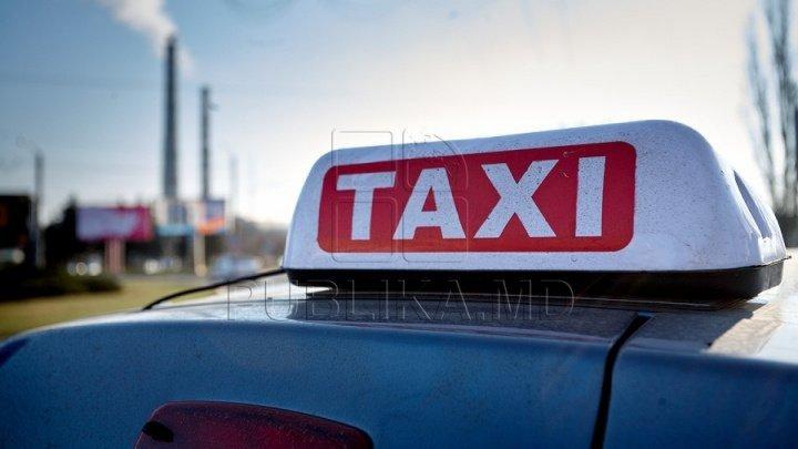 Taximetriştii, verificaţi de reprezentanţii Serviciul Fiscal de Stat. Suma AMENZILOR aplicate