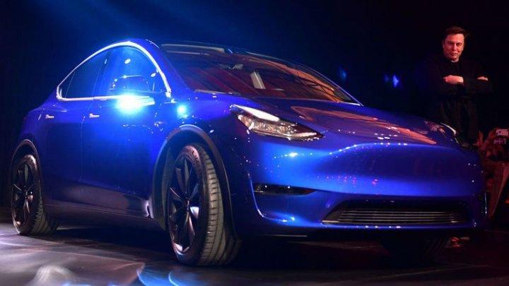 Tesla este acum mai S3XY. Ultimul model întregește acest cuvânt (VIDEO)