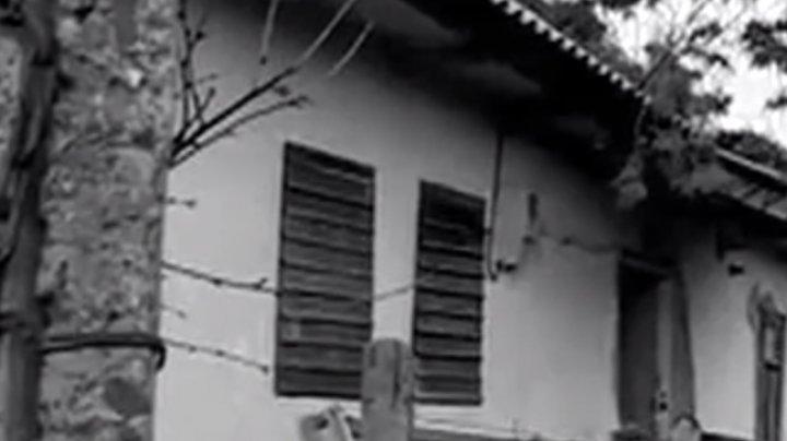 Omor dublu la Teleneşti. Doi concubini au fost ucişi în bătaie în propria casă