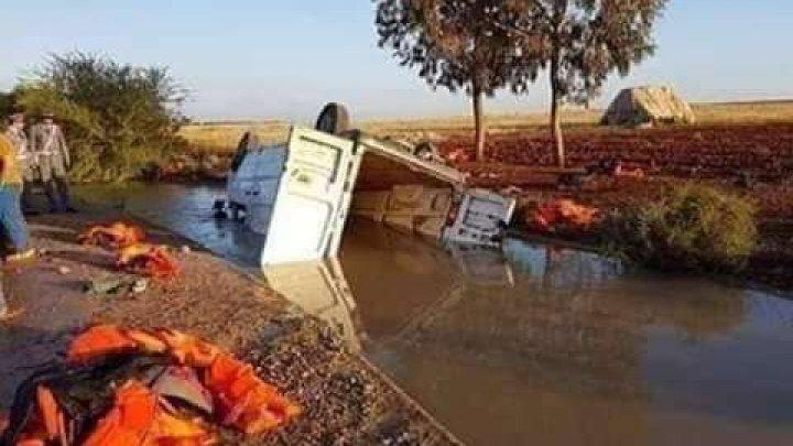 16 migranţi şi-au pierdut viaţa şi alţi 17 au fost răniţi într-un accident rutier în Maroc