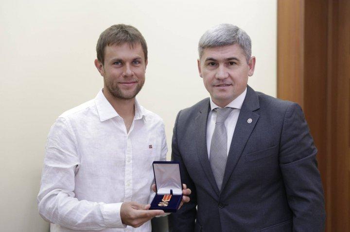 Alexandru Jizdan: Radu Albot scrie istorie, este un exemplu pentru tineri
