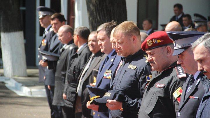 Mai mulţi angajaţi ai IGSU au depus JURĂMÂNTUL SOLEMN. Cine au fost prezenţi la eveniment