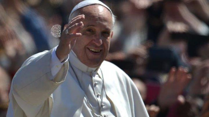Ce recomandă Papa Francisc de Paşti, celor care lucreză în SALOANELE DE ÎNFRUMUSEŢARE
