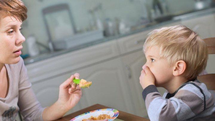STUDIU: Copiii care mănâncă mai puțin zahăr au ficatul mai sănătos