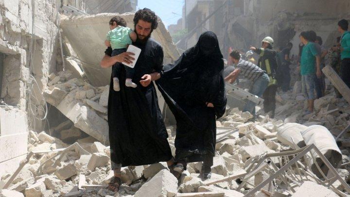 RAPORT: Coaliţia împotriva SI a ucis 1.600 de civili la Raqqa în timpul ofensivei sale din 2017