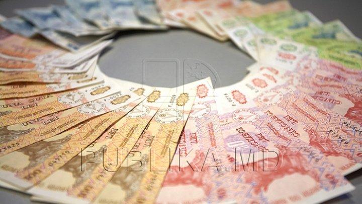 Care sunt angajații cu cele mai mari salarii din Moldova