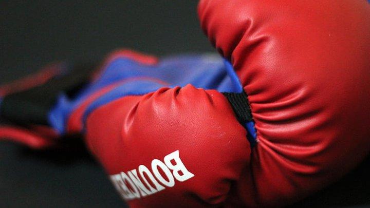 NAŢIONALELE DE MUAY THAI. La competiţie participă 185 de luptători din 17 cluburi