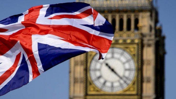 Boris Johnson i-a spus Angelei Merkel că va depune eforturi energice pentru a ajunge la un acord cu UE