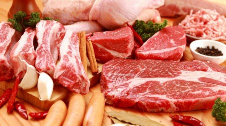 ESTE BINE SĂ ȘTII! La ce riscuri te expune o dietă bazată doar pe carne
