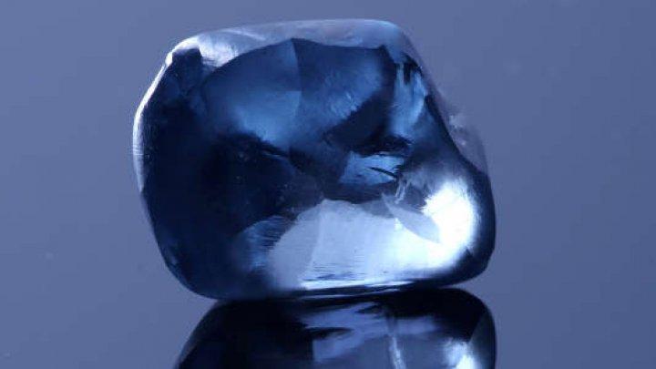 Cel mai mare diamant albastru, de 20 de carate, descoperit în Botswana
