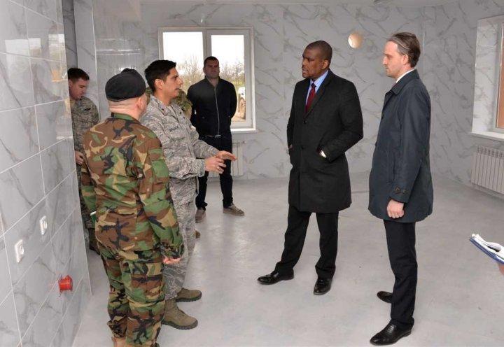 Ministrul apărării: Sute de militari vor beneficia de condiții moderne de muncă și instruire, datorită suportului Guvernului SUA
