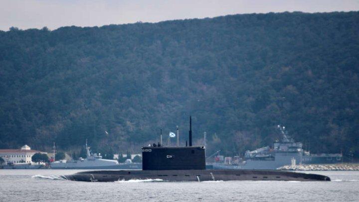 Rusia lansează la apă în cadru festiv un submarin nuclear, denumit monstrul marin