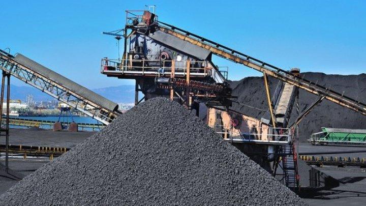 Experţii econimici: Industria extractivă şi-a revenit după patru ani de stagnare