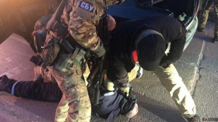 Doi moldoveni au fost REŢINUŢI în Odesa. Transportau 12 kg de cocaină, în valoare de 1 milion de dolari