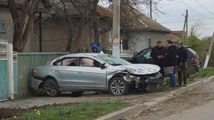 ACCIDENT GRAV ÎN GĂGĂUZIA. Un şofer a ajuns în stare gravă la spital (FOTO)