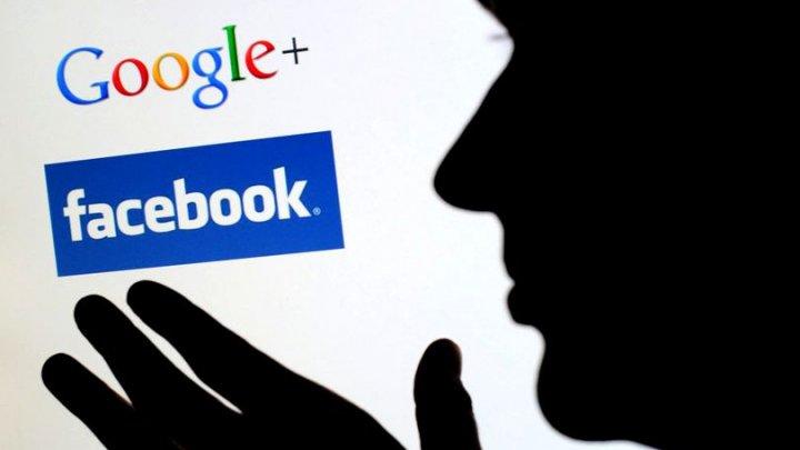 O femeie riscă să stea după gratii fiindcă a jignit-o pe Facebook pe soția fostului ei soț