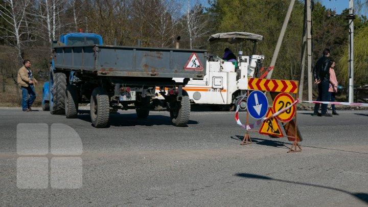 ATENŢIE ŞOFERI: Pe mai multe străzi din Capitală sunt efectuate lucrări de reabilitare a părții carosabile