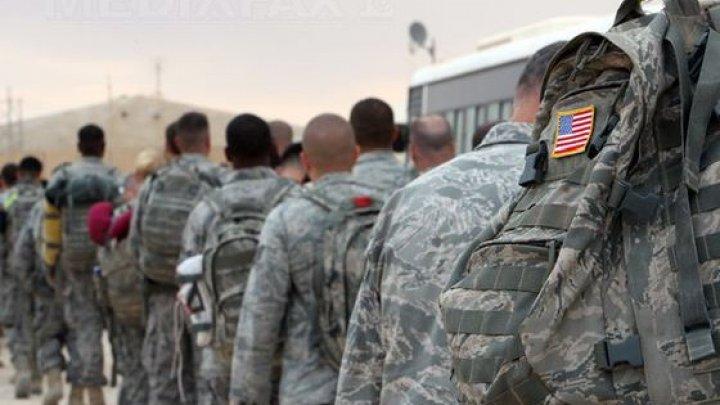 Pentagonul trimite câteva SUTE de militari la frontiera cu Mexic