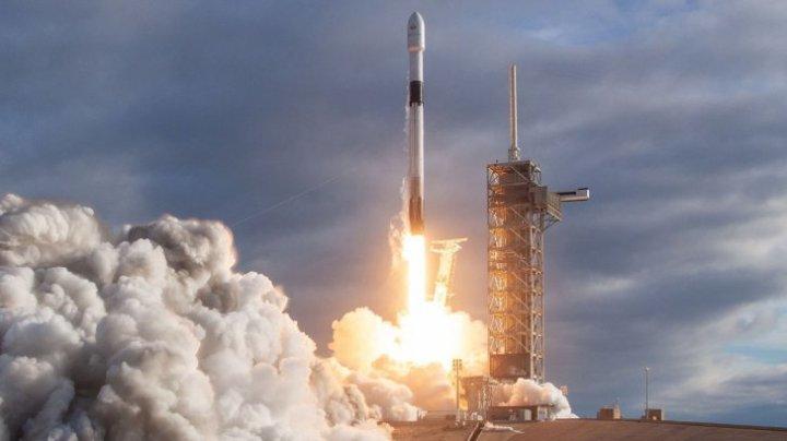 SpaceX a amânat lansarea sateliţilor din gama Starlink. Care este motivul