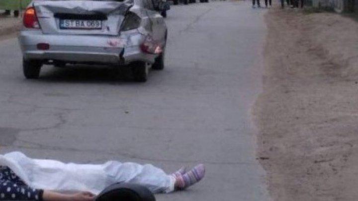 ACCIDENT FATAL pe o şosea din raionul Edineţ. O tânără A MURIT, iar şoferul a fost transportat la spital
