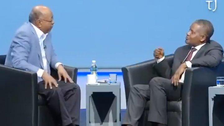 A scos 10 MILIOANE de dolari din bancă, doar ca să se uite la ei. Cunoaşte-l pe cel mai bogat AFRICAN (VIDEO)