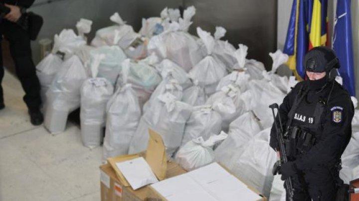 DROGURI DE MILIOANE, partea a 2-a: Încă 200 de kilograme de cocaină au fost găsite plutind pe mare în Constanţa