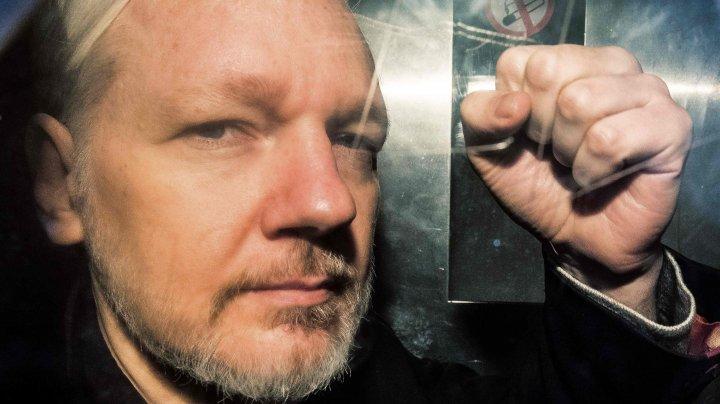 Ecuadorul va preda Statelor Unite documente despre Julian Assange