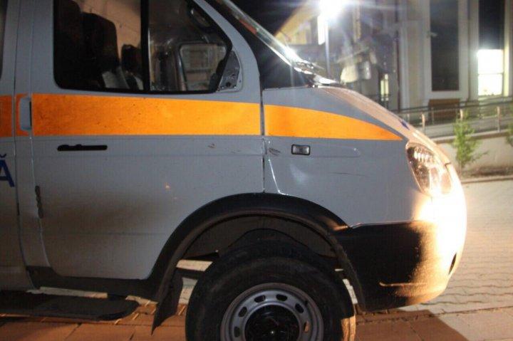 ACCIDENT FATAL în raionul Comrat. Un bărbat a fost lovit mortal de o ambulanță (FOTO)