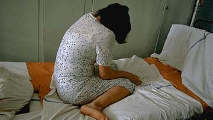 Înfiorător! Un bărbat din comuna Grătieşti şi-a violat propria soră, cu grad de dizabilitate severă