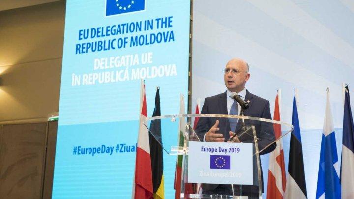 Pavel Filip, la recepția cu ocazia Zilei Europei: Apropierea adevărată de UE se face prin implementarea reformelor
