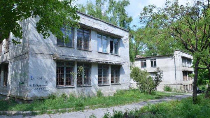 Grădiniţa nr. 28 din Capitală a revenit în proprietate municipală. Clădirea va fi COMPLET RESTAURATĂ (FOTO)