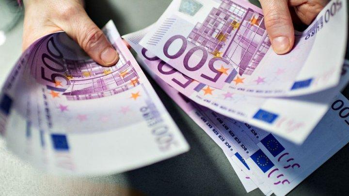 Savanţii moldoveni care au creat aerogalnitul, premiaţi cu UN MILION DE EURO