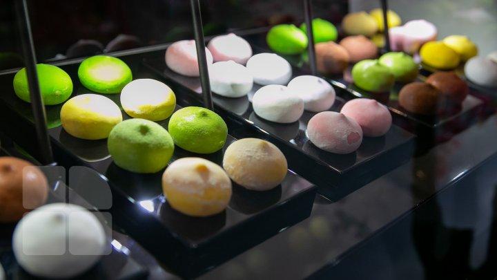 Desert japonez, delicii ce îţi lasă gura apă şi dezvăluiri din culisele gastronomiei la o expoziţie din Capitală (FOTOREPORT)