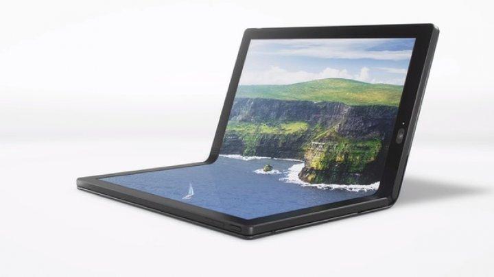 Lenovo anunţă un nou ThinkPad X1, primul laptop cu ecran OLED pliabil