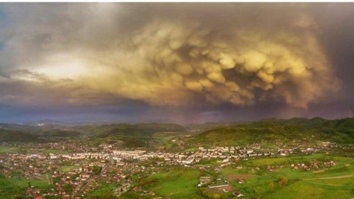 CER APOCALIPTIC. România, cutremurată de forma bizară a unor nori GIGANTICI (GALERIE FOTO)